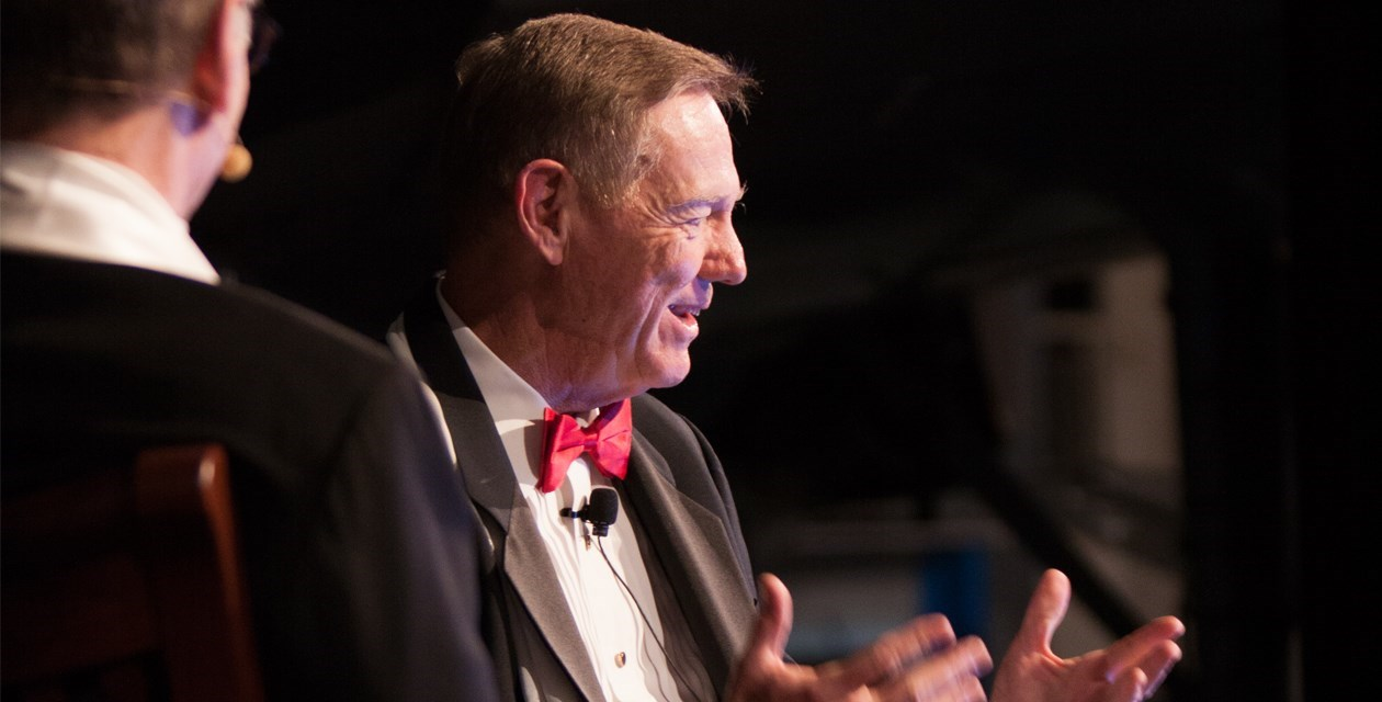 Pathfinder Awards - Alan Mulally is interviewed during the 2015 Pathfinder Award Ceremony.