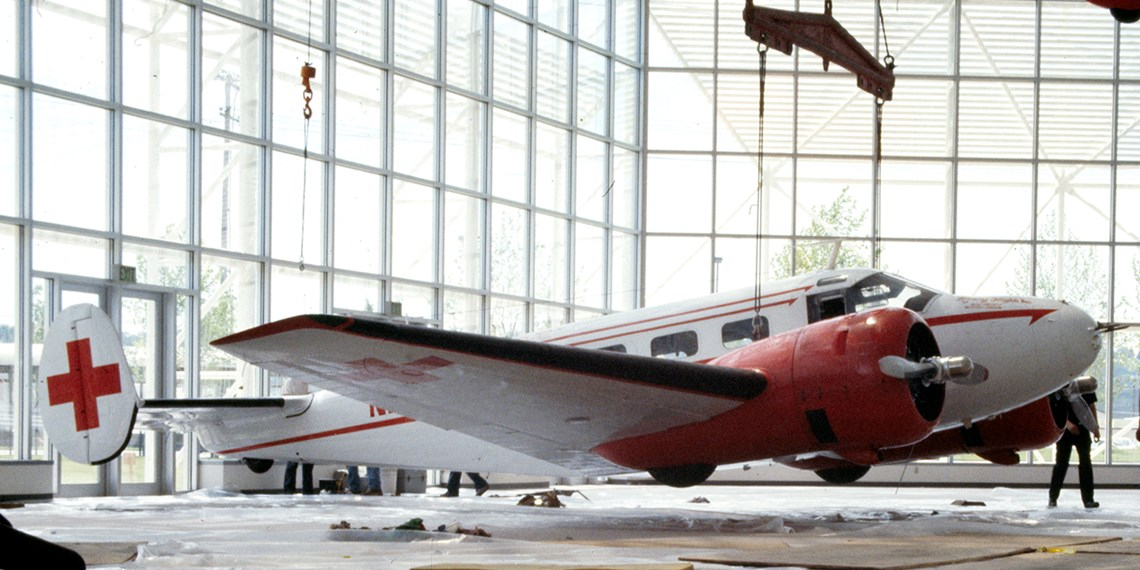 Hanging the Museum's Beech C-45H Expeditor in the Great Gallery