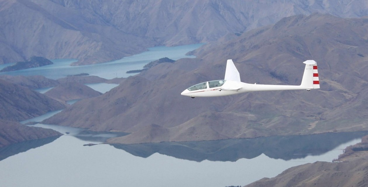 Perlan Sailplane in flight, Omarama, New Zealand, July 2002 - Powers Unlimited
