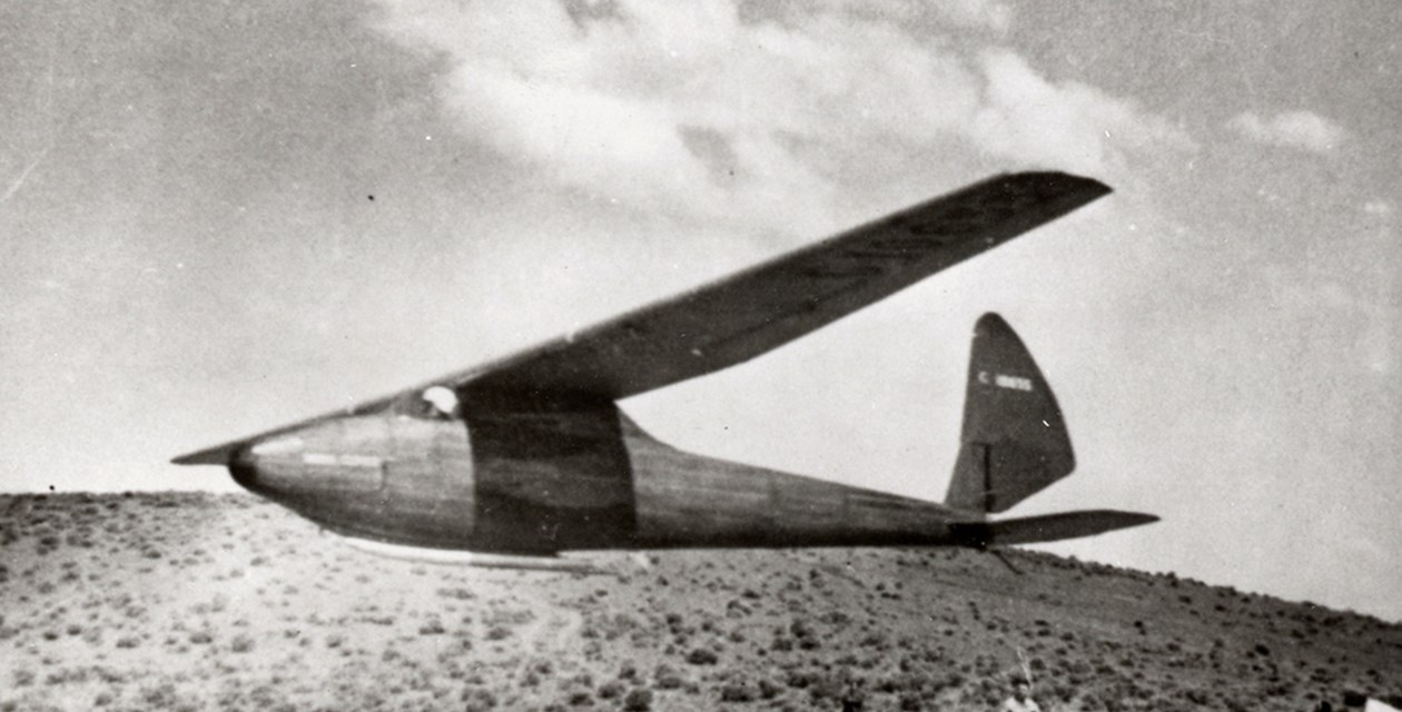 The McAllister Yakima Clipper Glider in flight near Kittitas, Washington